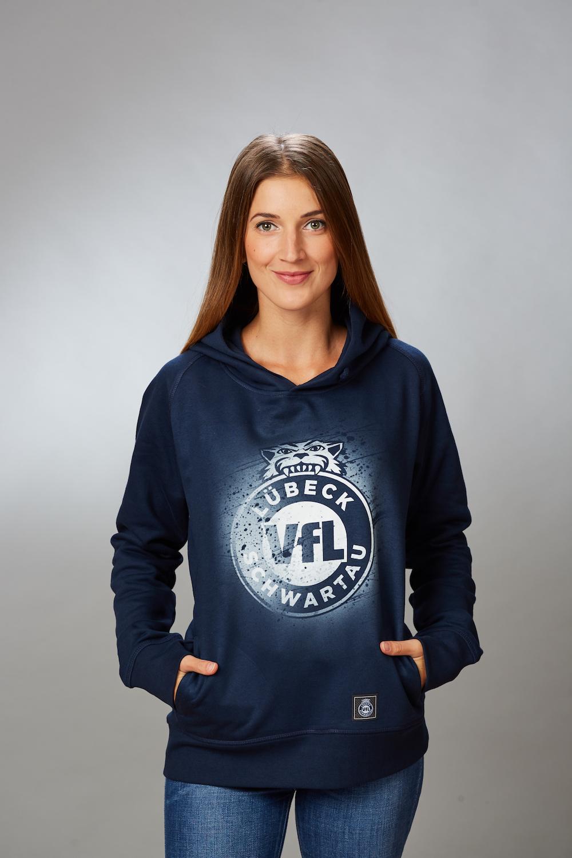 """VFL-Lübeck-Schwartau – Handball – Fanshop-Hoodie navy Label · Startseite    Damen   Hoodie """"Sprayed"""" Damen in navy 8655bd274d"""